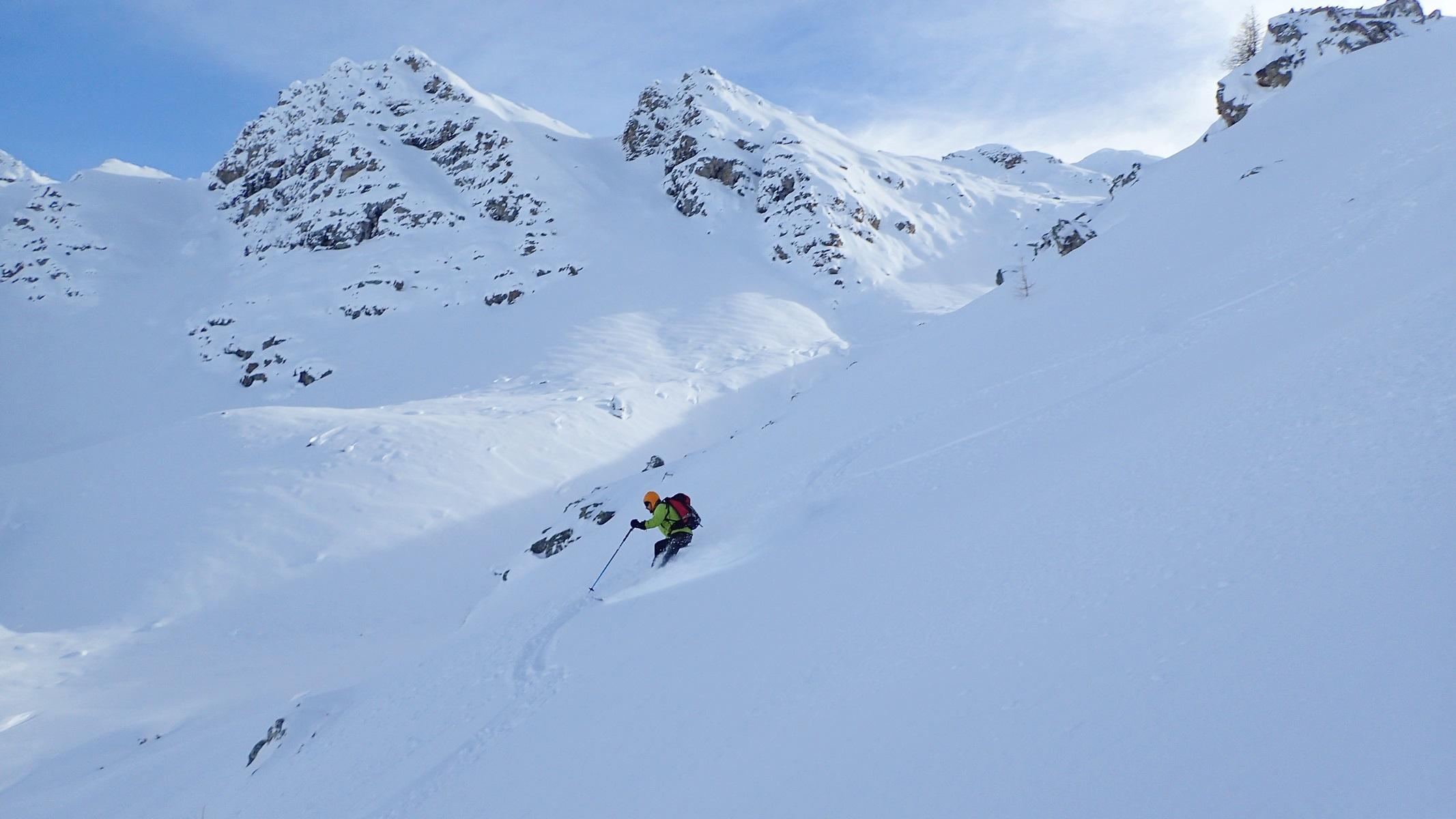 Ski de poudreuse dans le Mercantour