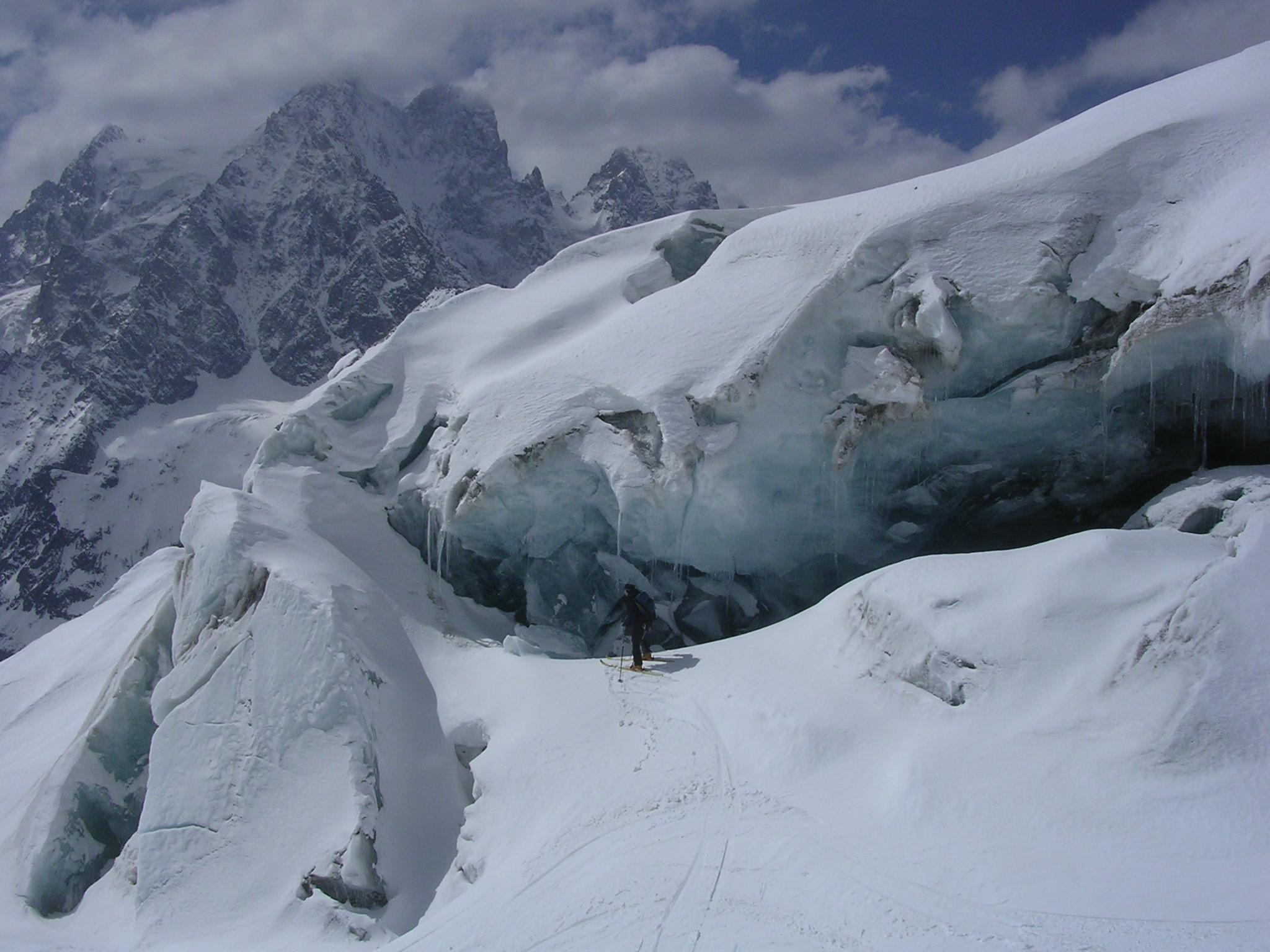 Ski près des crevasses